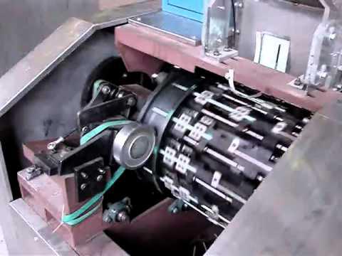 Machine Formeuse pour Paille Flexible Automatique