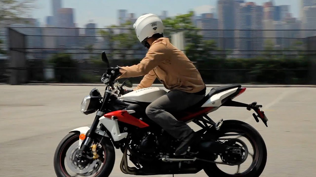 3e5f63108ad How to Do a Figure 8 | Motorcycle Riding - YouTube