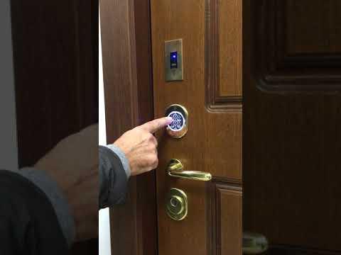 Porte blindate Ferport con serratura motorizzata  - Tastiera