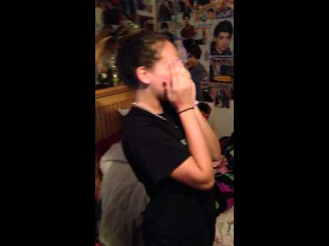 Amiya Zissler's reaction to One Direction Floor Seats