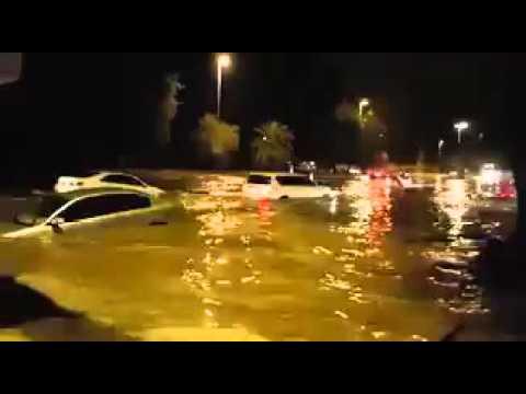 Наводнение в дубай самый высокий дом мире дубай