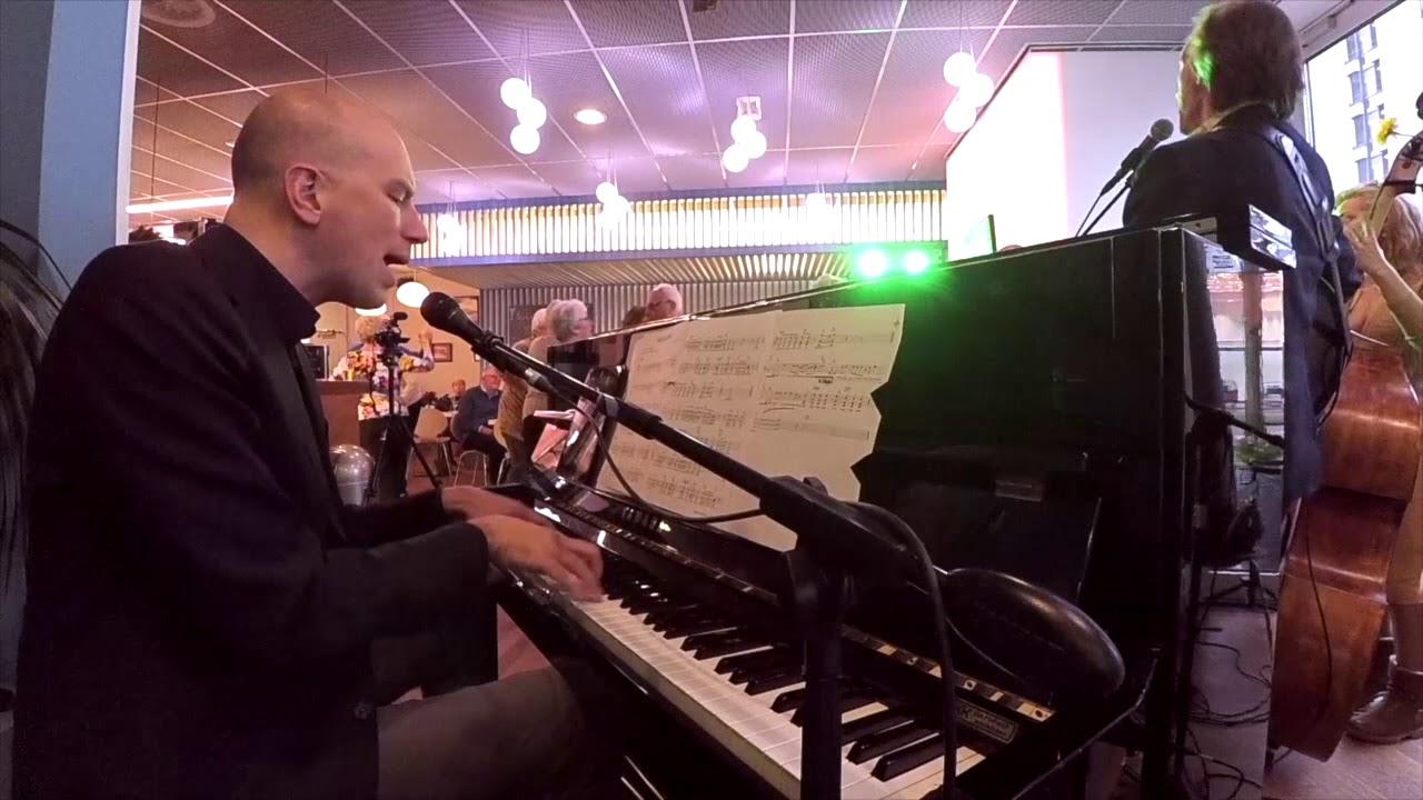 Duo Fris Met Piano En Drums Bruiloft Huwelijk Verjaardag Tuinfeest