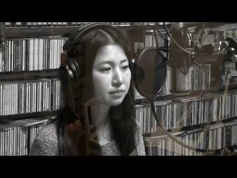 謡象の平良千春と太田佐和子 「折り紙」 http://utacata.padeyemusic.com/ 忘却の彼方から聞こえて来る、貴方が聴いたはずの音.