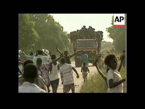 SIERRA LEONE: LUNSAR: WEST AFRICAN TROOPS AMBUSH REBELS