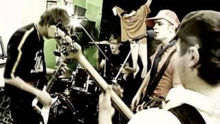 Baixar DOUBLE FACED EELS- ZILAIS VALIS (Official Video) 2006