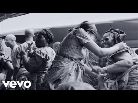 Major Lazer - Light It Up (Ora Che Non C'è Nessuno) (Feat. Baby K) [Official]
