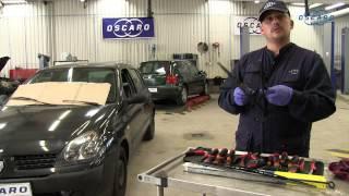 Repeat youtube video Renault Clio 2 - Remplacement des balais d'essuie-glaces avant