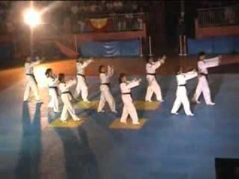 4th National Tkd Expose - Taekwonrobic 1 (2001)