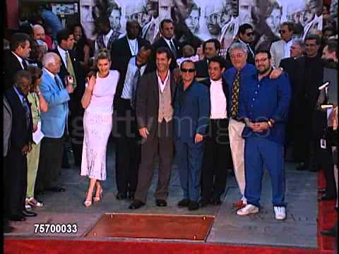 mel gibson at the premiere of lethal weapon 4
