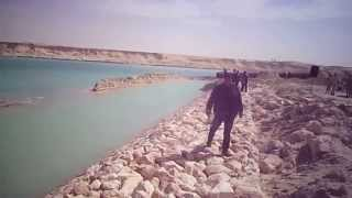 See work Tdbeh the first bridge in the new Suez Canal in km 76