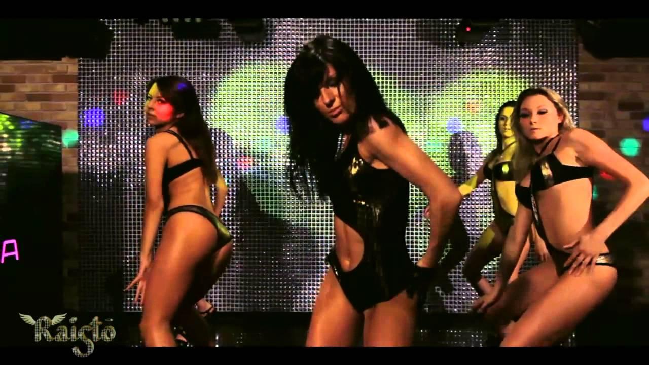 Красивые голые девушки гоу-гоу танцуют в клубах, онлайн порно деревня каталог смотреть