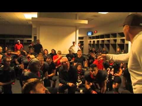 Jon Kitna Addressing Euless Trinity Trojans at Cowboy Stadium After Beating Allen 11/19/11