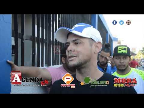 Protestan frente a cuartel PN de SFM tras prohibición de uso de la hookah