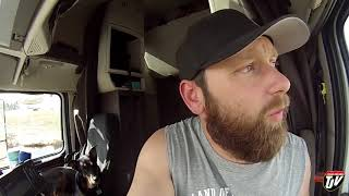 My Trucking Life - Blown Tire!!! - #1408
