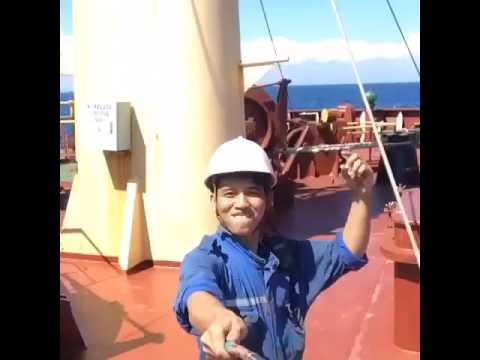 Om Telolet Om versi kapal laut