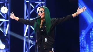 Iggy Azalea - Black Widow ft. Rita Ora. Vezi aici cum cântă Alupei Andreea Emilia la X Factor!