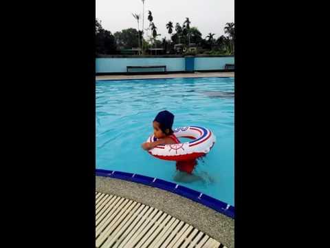 เด็กโมนิกส์:ไปว่ายน้ำที่ตรังสปอร์ตคลับ