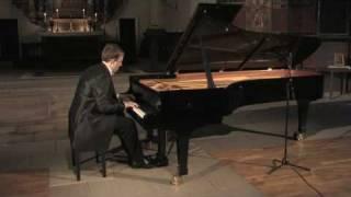 Sergei Rachmaninov: Prelude in B-minor, Op. 32/10