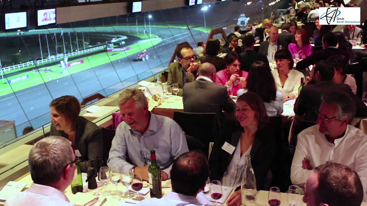 Hippodrome de vincennes visite des curies des coulisses diner youtube - Restaurant de absolute vincennes ...
