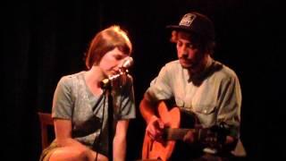 Aldous Harding & Marlon Williams - The Trees They Do Grow High