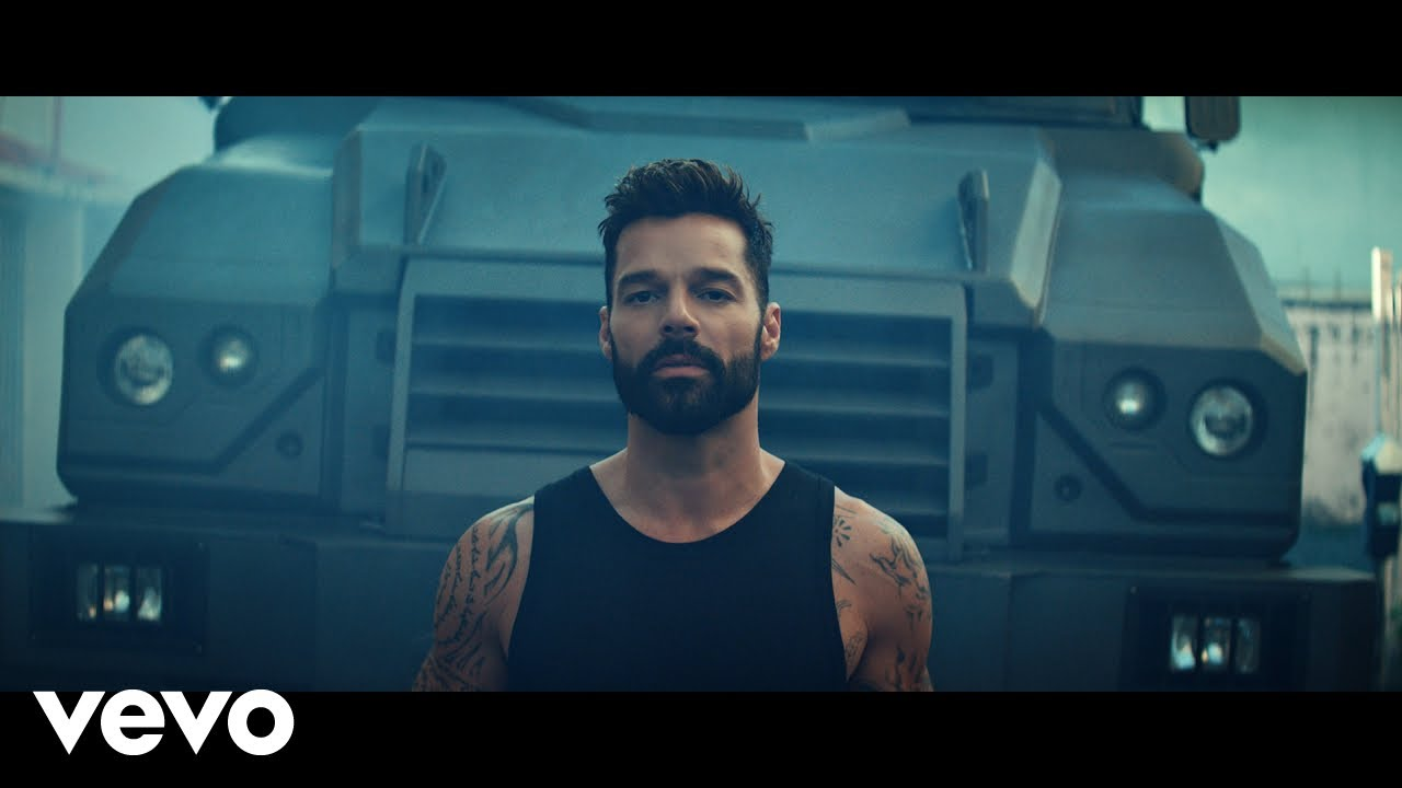 Ricky Martin Tiburones Official Video Youtube