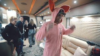 BEST GIFTS EVER from LA / END OF TOUR PART 2   VLOG 53