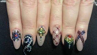 Вступление. Дизайн ногтей со стразами «Сваровски»