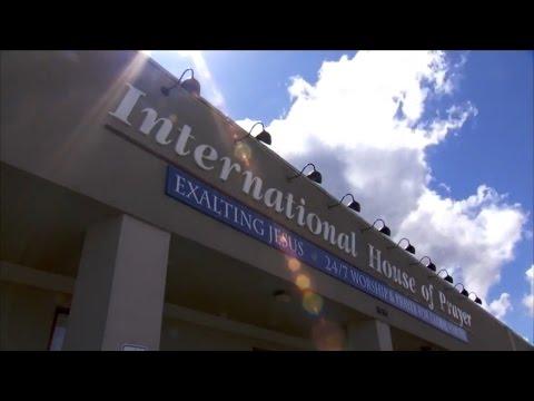 IHOPKC Walkthrough / International House of Prayer Kansas City - ENGLISH