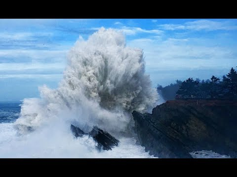 Huge Waves! Shore Acres Storm Watching Oregon Coast