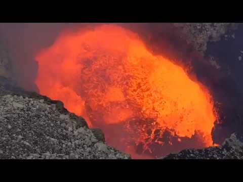 hawaii-volcano-eruption-2018:-mount-kilauea-continues-as-tourism-increases---is-it-now-safe?