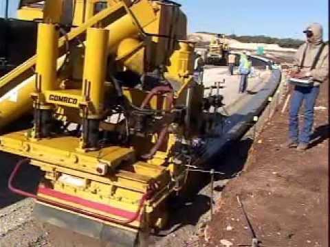 Gomaco Gt 3400 Concrete Curb Amp Gutter Slipform Machine