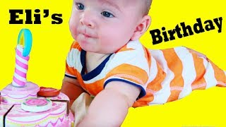 baby boy eli makes a cake funny how to video baby alive melissa doug birthday cake surprise