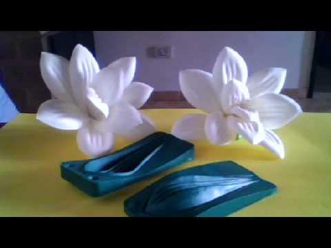 Flores hechas en goma eva youtube - Flore de goma eva ...