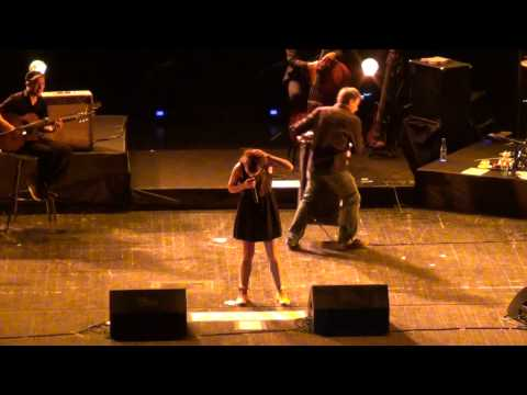 ZAZ - Je Veux (with INTRO!) LIVE in Moscow 2011. HQ.