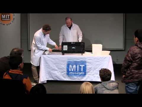The Forces on an Airplane: Aaron Johnson at K12Live! (MIT Museum Second Fridays, 1-10-14)