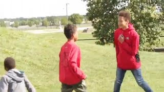LITTLE GHETTO KIDS FIGHTING!
