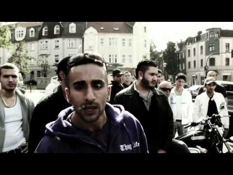 PA SPORTS - SCHWESTA EWA DISS  (OFFICIAL VIDEO) 2012