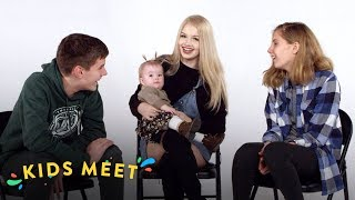 Kids Meet A Teen Mom (Talbott & Vanessa) | Kids Meet | HiHo Kids