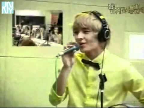 FTIsland Choi Jong Hoon (singing Come Back to Me b...