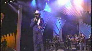 "Tracy Lawrence ""Renegades, Rebels and Rouges"" Live at the 1994 ACM Awards"