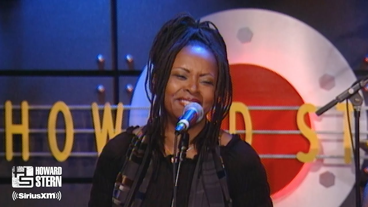 "Robin Quivers & Staind ""If It Makes You Happy"" on the Stern Show (2003)"