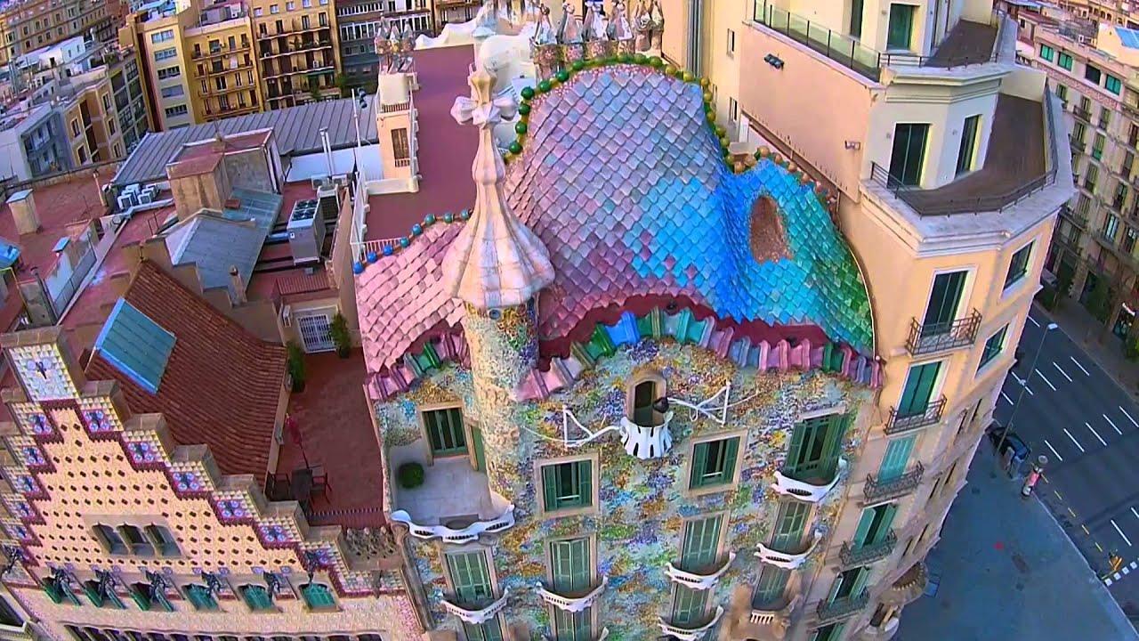 Casa batll antoni gaud barcelona bcndji dji drone for Casas de sofas en barcelona