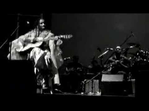 Maria de Barros - Djabraba Nha Terra Natal ( Live in L.A)