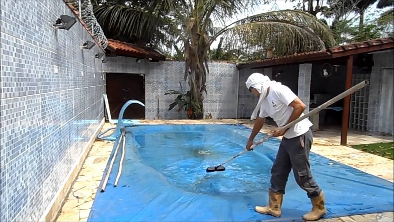 Agua da chuva e folhas na capa da piscina limpando a youtube - Parches para piscinas de lona ...