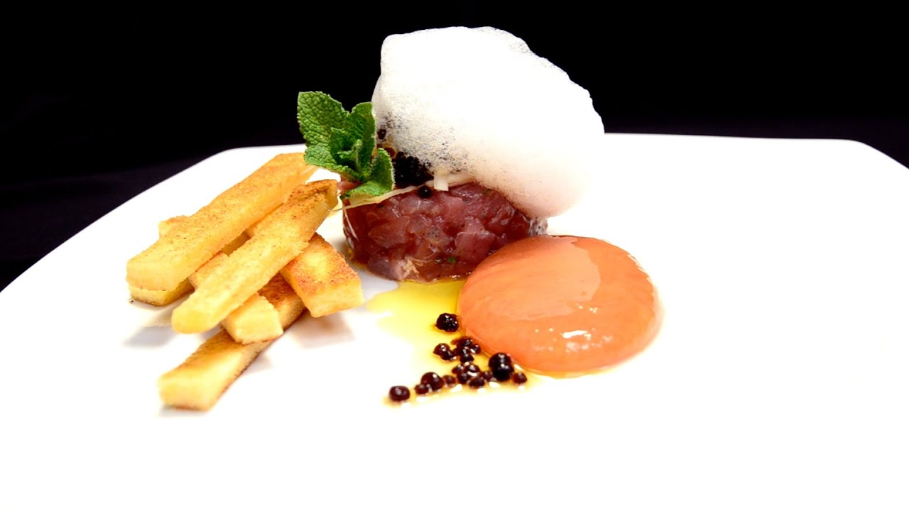Tappeto di salsa Gazpacho Sferificazione inversa  TEXTURAS  Approfondimenti di cucina