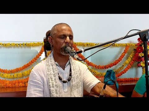 HG Madhava Prabhu Kirtan
