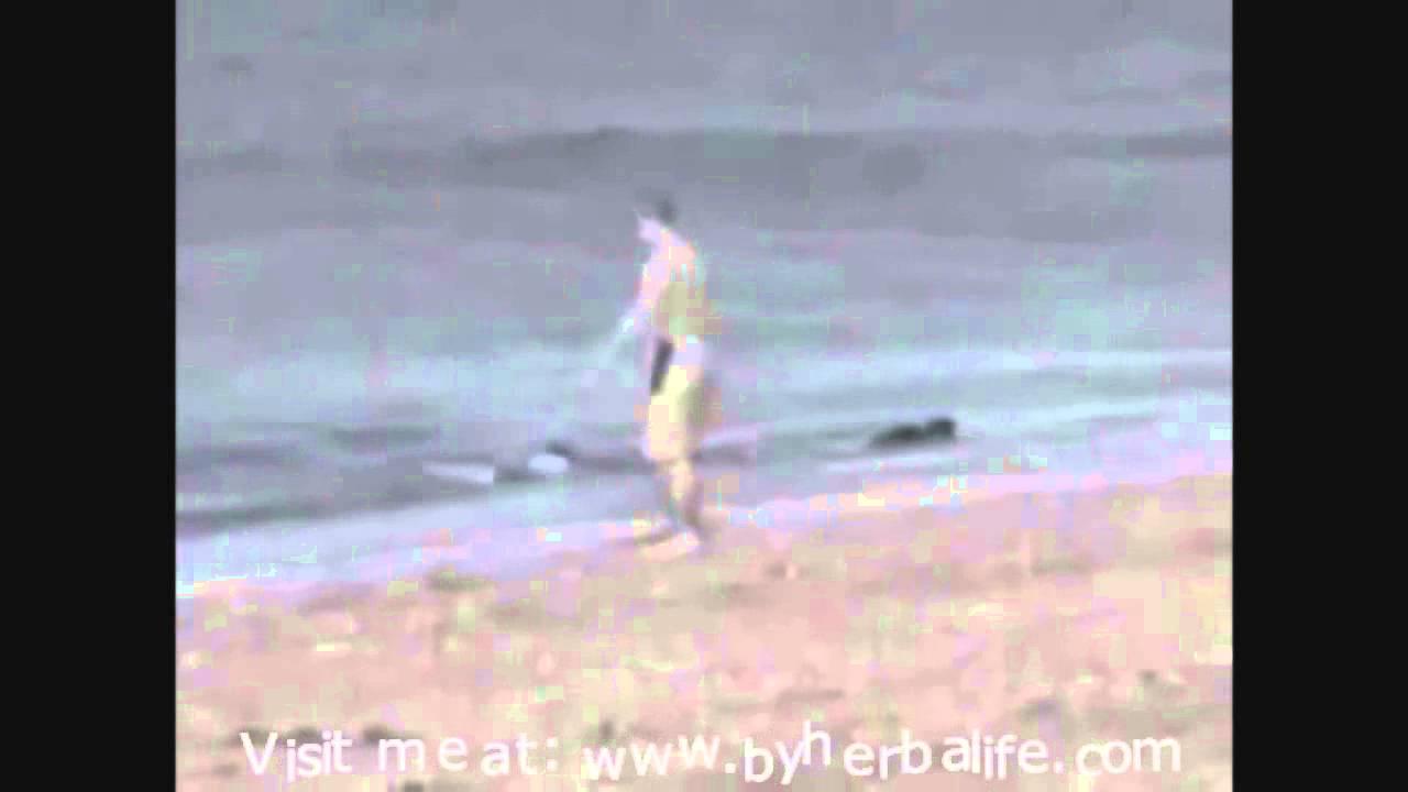 Fotos En La Playa Hombre: BALLENA ORCA SE COME A UN HOMBRE EN LA PLAYA Www.smartkle