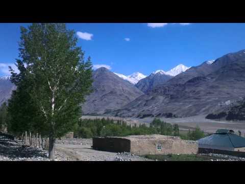 Afghanistan Ishkashim at the Wakhan Corridor 1