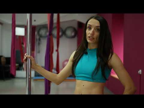 видео: Связка для среднего уровня_ pole dance С Еленой Моисеенко