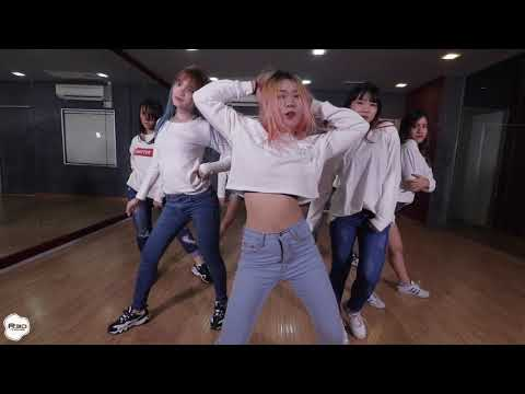 Dreamcatcher dance practice #1 cover by X'theNiQue